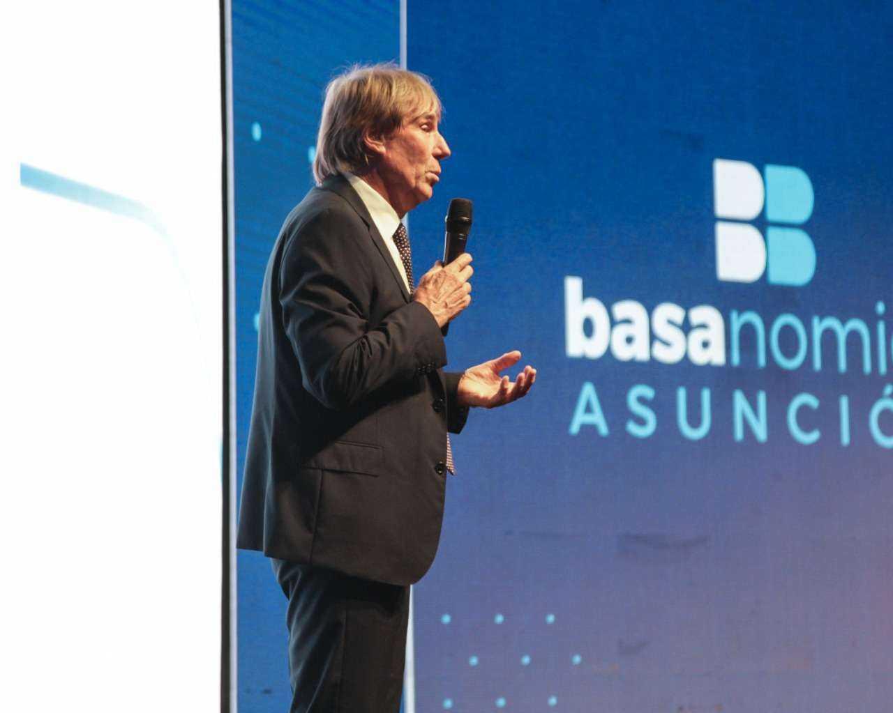Basanomics-Asuncion-2019-Hernan-Buchi